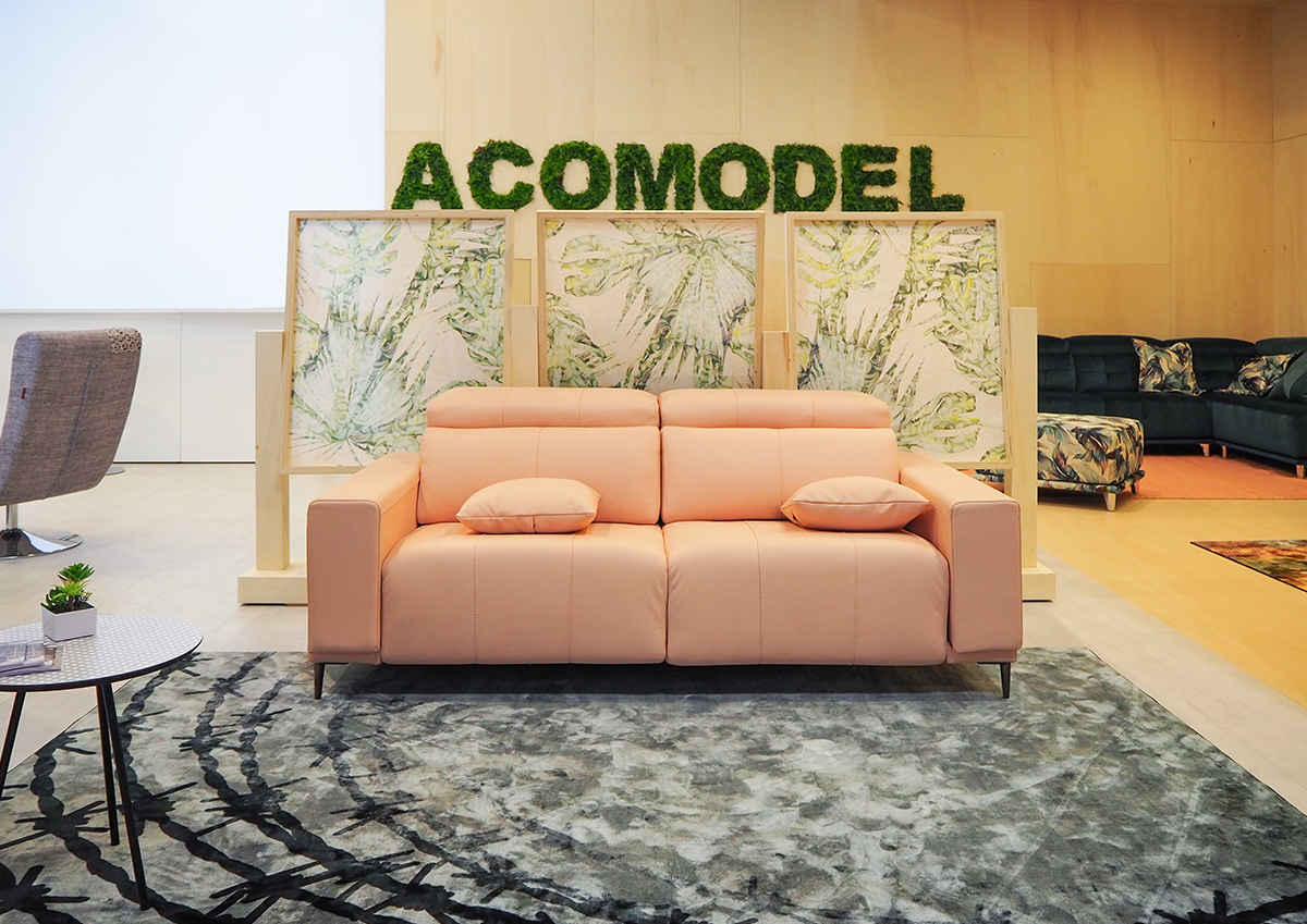 Acomodel en la feria del mueble de mil n acomodel tapizados - Feria del mueble milan ...